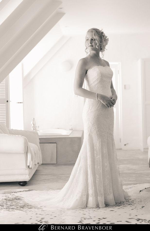 Marina Brett Bravenboer Weddings Yzerfontein Strandkombuis   0011