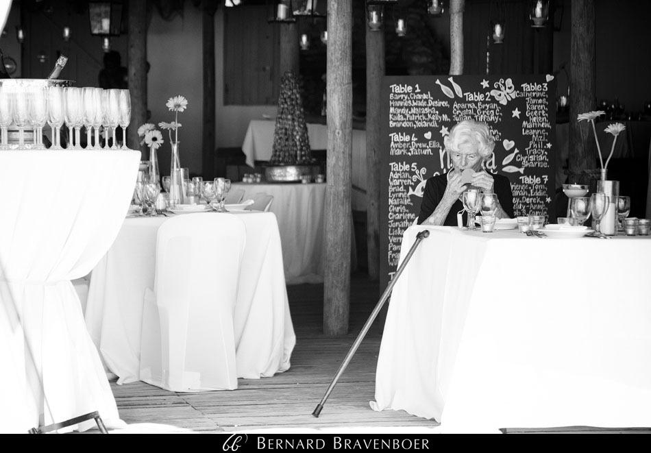 Marina Brett Bravenboer Weddings Yzerfontein Strandkombuis   0019