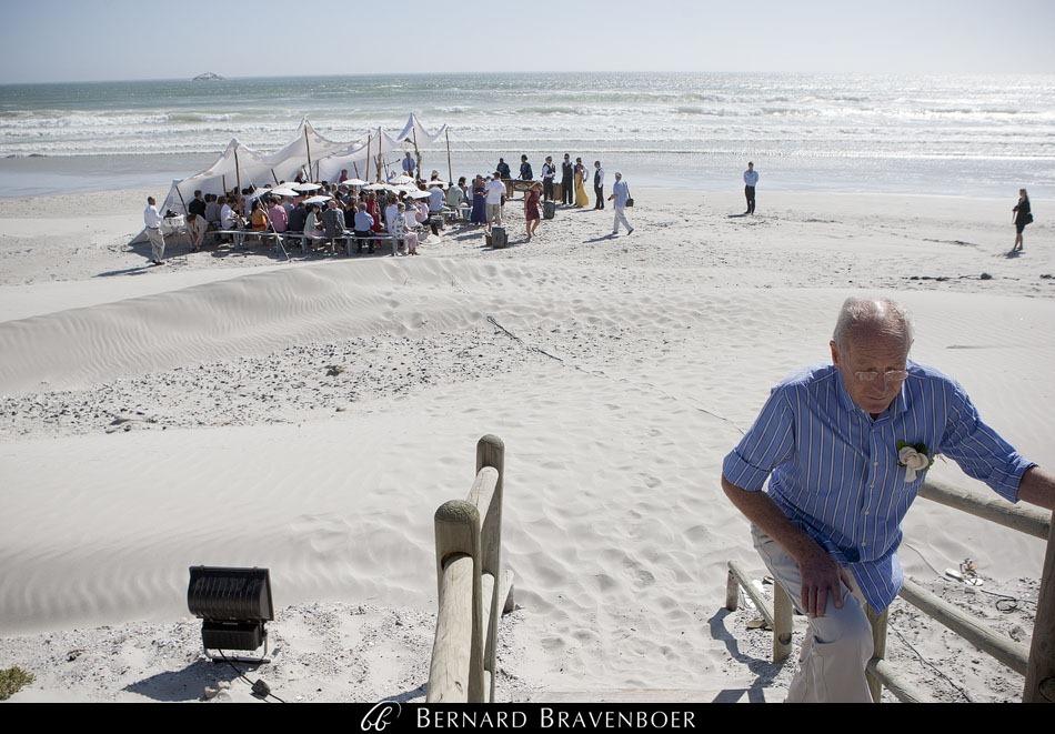 Marina Brett Bravenboer Weddings Yzerfontein Strandkombuis   0021