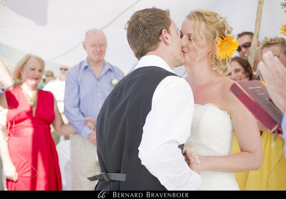 Marina Brett Bravenboer Weddings Yzerfontein Strandkombuis   0032
