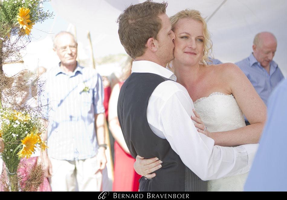 Marina Brett Bravenboer Weddings Yzerfontein Strandkombuis   0033