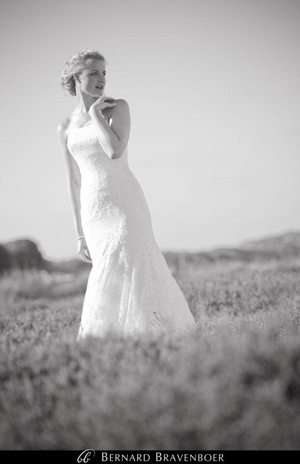 Marina Brett Bravenboer Weddings Yzerfontein Strandkombuis   0044