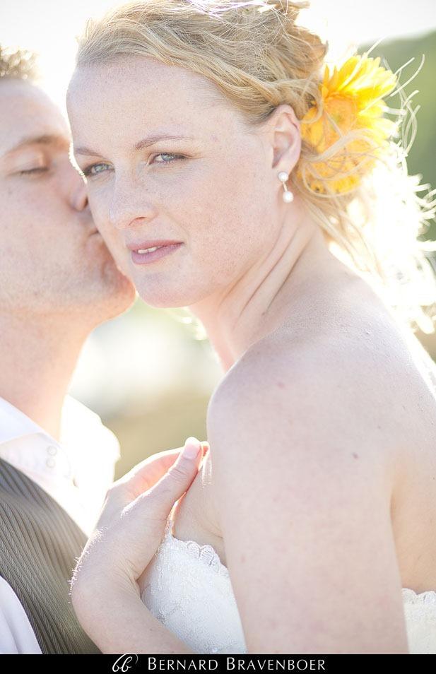 Marina Brett Bravenboer Weddings Yzerfontein Strandkombuis   0045